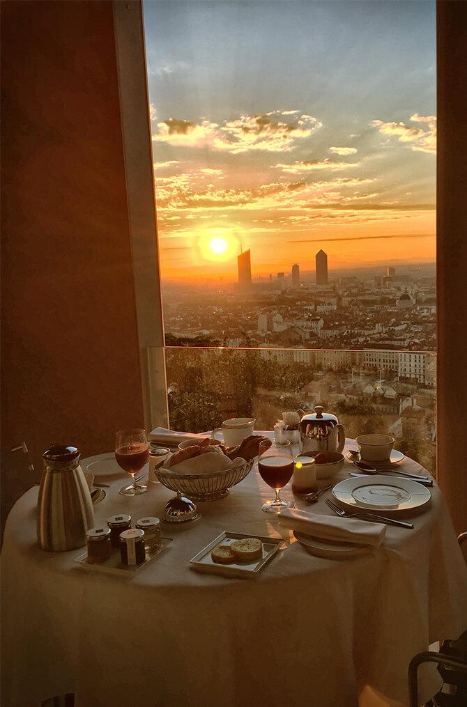 Le confort de l'appartement de Villa Maïa Hôtel 5 étoiles de luxe à Lyon